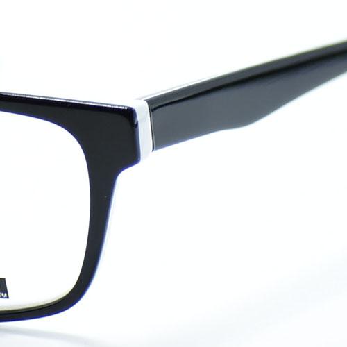 C2 BLACK/WHITE